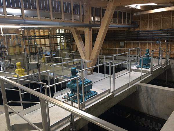 Extension à l'intérieur de l'usine de production d'eau potable