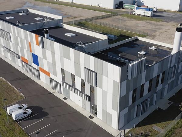 Vue d'ensemble sur la nouvelle chaufferie biomasse de Joués-Lès-Tours